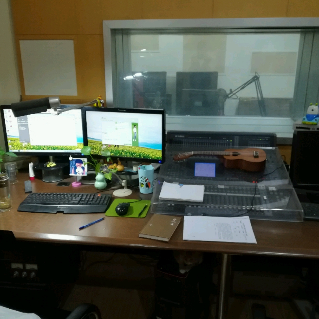录音师思远的直播室