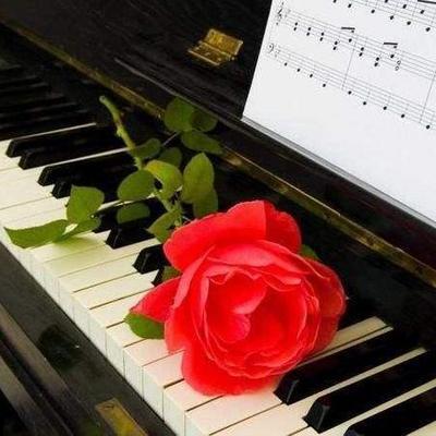 钢琴歌曲集